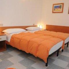 Отель Affittacamere Due Mori Италия, Региональный парк Colli Euganei - отзывы, цены и фото номеров - забронировать отель Affittacamere Due Mori онлайн комната для гостей фото 5