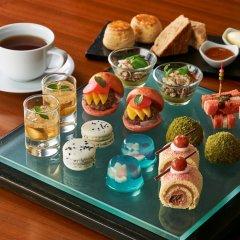 Отель Conrad Tokyo Япония, Токио - отзывы, цены и фото номеров - забронировать отель Conrad Tokyo онлайн удобства в номере фото 2