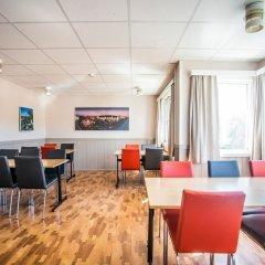 Отель Lisebergsbyn Karralund Швеция, Гётеборг - отзывы, цены и фото номеров - забронировать отель Lisebergsbyn Karralund онлайн гостиничный бар