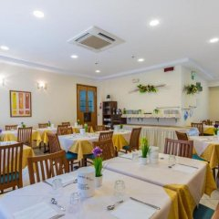 Отель Bianca Vela Италия, Римини - отзывы, цены и фото номеров - забронировать отель Bianca Vela онлайн питание