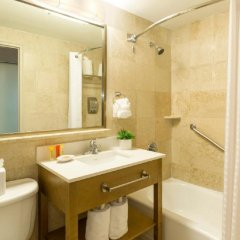 Отель Best Western Atlantic Beach Resort США, Майами-Бич - - забронировать отель Best Western Atlantic Beach Resort, цены и фото номеров ванная