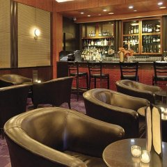 Отель Millennium Times Square New York США, Нью-Йорк - отзывы, цены и фото номеров - забронировать отель Millennium Times Square New York онлайн гостиничный бар