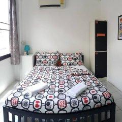 De Talak Hostel Бангкок комната для гостей фото 2