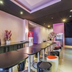 Отель Glitz Бангкок развлечения