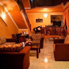 Отель Frangipani Motel Шри-Ланка, Галле - отзывы, цены и фото номеров - забронировать отель Frangipani Motel онлайн интерьер отеля фото 3