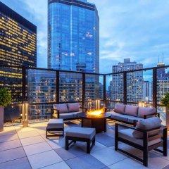 Отель Wyndham Grand Chicago Riverfront балкон