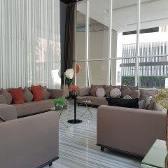 Отель Bangkok Luxury Suites Pyne комната для гостей