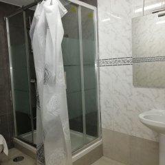 Отель Hostal Alicante ванная фото 2