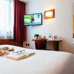 Brit Hotel Rennes St Grégoire - Le Villeneuve в номере