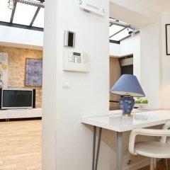Апартаменты Le Marais - République Private Apartment интерьер отеля