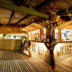 Отель Robinson Crusoe Island Фиджи, Вити-Леву - отзывы, цены и фото номеров - забронировать отель Robinson Crusoe Island онлайн бассейн фото 3