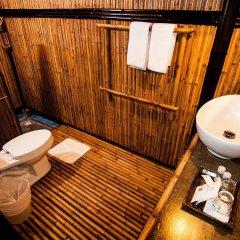 Отель Cocotero Resort The Hidden Village Ланта ванная