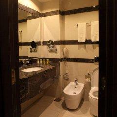 Отель Grand East Hotel Resort and Spa Иордания, Ма-Ин - отзывы, цены и фото номеров - забронировать отель Grand East Hotel Resort and Spa онлайн ванная