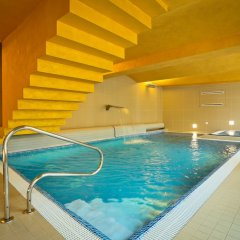 Hotel Lev Ловосице бассейн