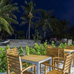 Отель Vista Beach Retreat Мальдивы, Мале - отзывы, цены и фото номеров - забронировать отель Vista Beach Retreat онлайн питание фото 3