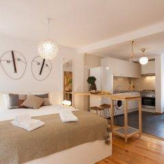 Апартаменты Moniz Studio Apartment - by LU Holidays комната для гостей