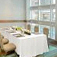 Отель Coast Coal Harbour Hotel Канада, Ванкувер - отзывы, цены и фото номеров - забронировать отель Coast Coal Harbour Hotel онлайн спортивное сооружение