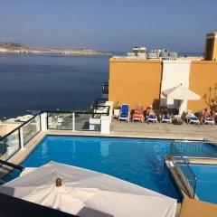 Отель Sunseeker Holiday Complex бассейн