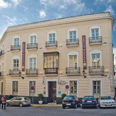 Отель Petit Palace Santa Cruz Испания, Севилья - отзывы, цены и фото номеров - забронировать отель Petit Palace Santa Cruz онлайн парковка