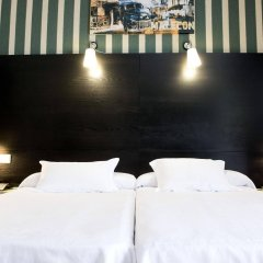 HRC Hotel комната для гостей