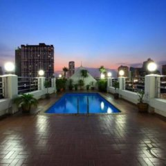 Отель White Palace Bangkok Таиланд, Бангкок - отзывы, цены и фото номеров - забронировать отель White Palace Bangkok онлайн бассейн фото 2