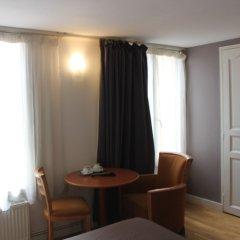 Отель Metropolitain Франция, Париж - отзывы, цены и фото номеров - забронировать отель Metropolitain онлайн комната для гостей фото 4