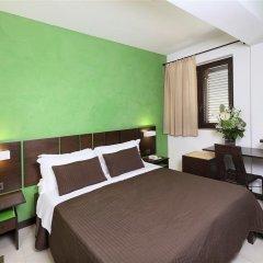 Hotel San Giovanni Джардини Наксос сейф в номере