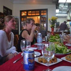Отель Thien Tan Homestay Hoi An Вьетнам, Хойан - отзывы, цены и фото номеров - забронировать отель Thien Tan Homestay Hoi An онлайн питание фото 2