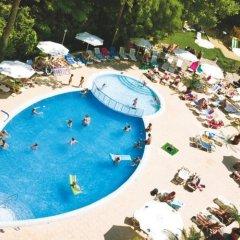Отель Odessos Park Hotel - Все включено Болгария, Золотые пески - отзывы, цены и фото номеров - забронировать отель Odessos Park Hotel - Все включено онлайн бассейн фото 3
