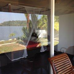Отель Kalla Bongo Lake Resort Шри-Ланка, Хиккадува - отзывы, цены и фото номеров - забронировать отель Kalla Bongo Lake Resort онлайн балкон