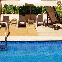 Отель Gran Derby Suites Испания, Барселона - отзывы, цены и фото номеров - забронировать отель Gran Derby Suites онлайн бассейн фото 2