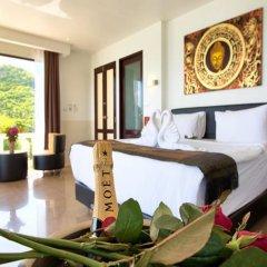 Отель Crystal Bay Beach Resort в номере