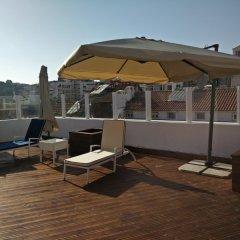 Отель Lisbon Terrace Suites - Guest House бассейн фото 2