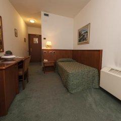 Hotel In Sylvis Ceggia сейф в номере