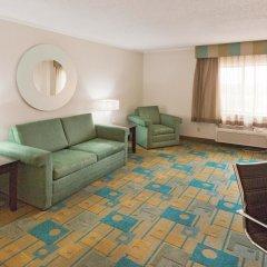 Отель La Quinta Inn & Suites Meridian комната для гостей фото 3