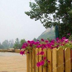Отель Beijing Badaling Qinglongquan Leisure Resort Китай, Пекин - отзывы, цены и фото номеров - забронировать отель Beijing Badaling Qinglongquan Leisure Resort онлайн балкон