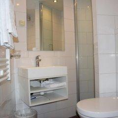 Отель Hampshire Hotel Prinsengracht Нидерланды, Амстердам - отзывы, цены и фото номеров - забронировать отель Hampshire Hotel Prinsengracht онлайн ванная фото 2