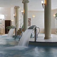 Отель Bristol République бассейн
