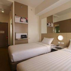 Отель Red Planet Davao сейф в номере