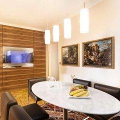 Отель Derag Livinghotel An Der Oper Вена комната для гостей фото 5