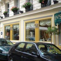 Отель Queens Hotel Франция, Париж - отзывы, цены и фото номеров - забронировать отель Queens Hotel онлайн парковка