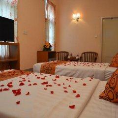 Royal Yadanarbon Hotel сейф в номере