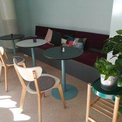 Отель STF Malmö City Hostel & Hotel Швеция, Мальме - 2 отзыва об отеле, цены и фото номеров - забронировать отель STF Malmö City Hostel & Hotel онлайн питание фото 3