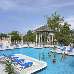 Отель Hedonism II All Inclusive Resort бассейн