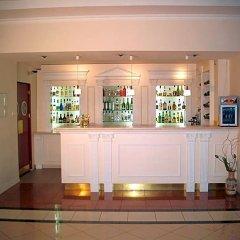 Hotel Holiday Park гостиничный бар