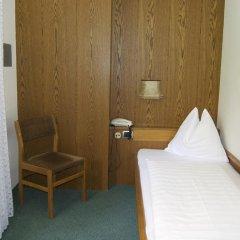 Hotel Schonbrunn Меран комната для гостей фото 4
