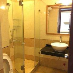 Отель Aloha Hanoi Homestay ванная