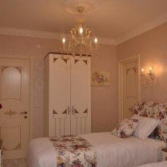 Отель English Home Tbilisi комната для гостей фото 3