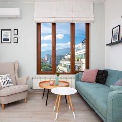 Отель FM Deluxe 1-BDR Apartment - Scandinavia Болгария, София - отзывы, цены и фото номеров - забронировать отель FM Deluxe 1-BDR Apartment - Scandinavia онлайн комната для гостей фото 2