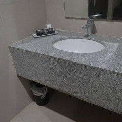 Отель Grace Crown Hotel Филиппины, Пампанга - отзывы, цены и фото номеров - забронировать отель Grace Crown Hotel онлайн ванная фото 2